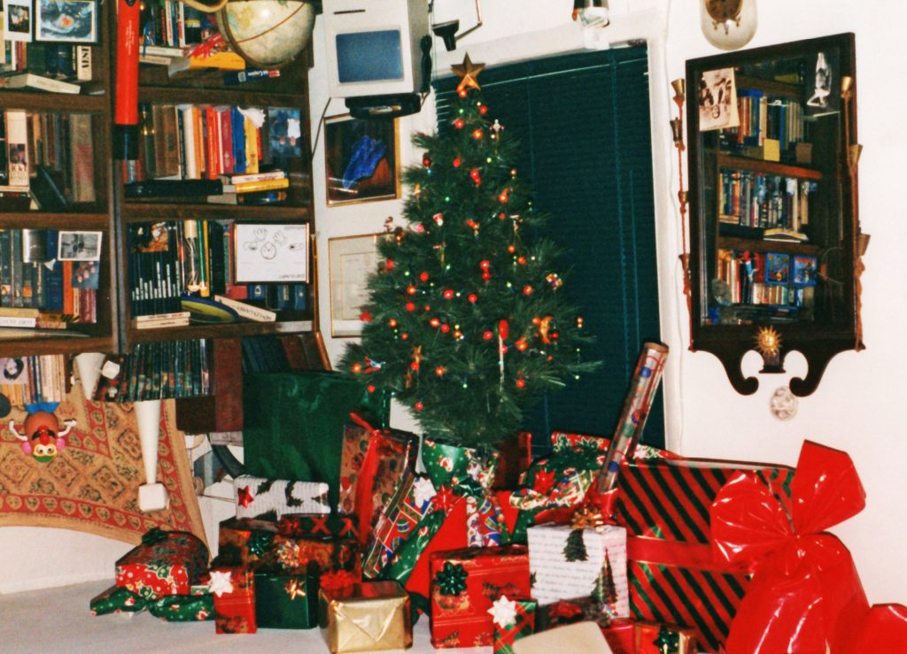 Upside Down Christmas Tree Ideas.Story Of The Upside Down Xmas Tree Hyperscapes
